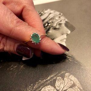 Gold 10kt .75 emerald/diamond ring 😘💯❤️